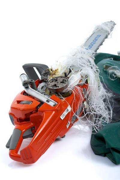 Schnittschutzhose-Kettensäge-Schnittschutzeinlage-Brennholz-PSA-Waldarbeiter